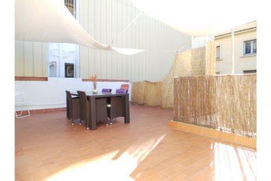 Ref 1010 – Ático en alquiler en la zona de Sant Gervasi, Barcelona. 40m2