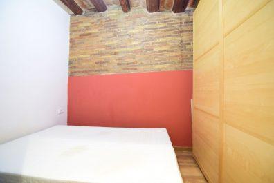 Ref 1093 – Apartment for rent in Ciutat Vella, Barcelona. 55m2