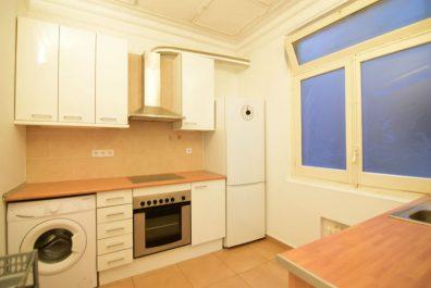 Ref 1193 – Apartamento en alquiler en la zona de Sant Gervasi, Barcelona. 100m2