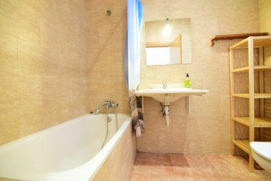 Ref 1481T – Apartament Lloguer temporal a la zona de Ciutat Vella, Barcelona, 60 m2