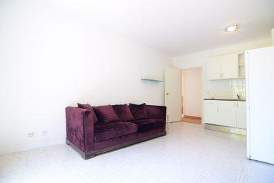Ref 1584 – Apartament en lloguer a la zona de Ciutat Vella, Barcelona. 70m2