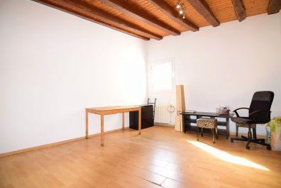 Ref 1585 – Apartament en lloguer a la zona de Ciutat Vella, Barcelona. 60m2
