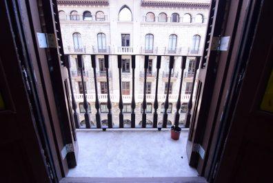Ref 1729 – Despatx en lloguer en la zona de Ciutat Vella, Barcelona. 100m2