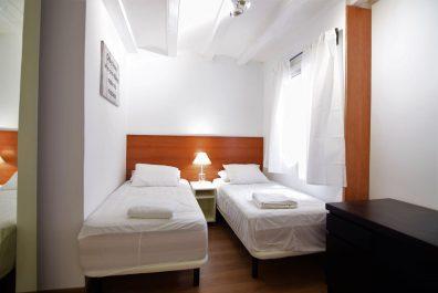 Ref 1761 – Apartament en lloguer a la zona de Ciutat Vella, Barcelona 65 m2