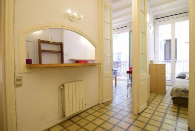 Ref 1932 – Apartment for in Barri Gòtic, Barcelona. 45m2