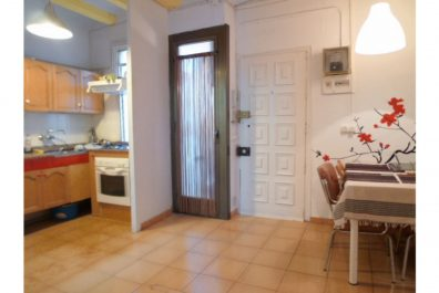 Ref 1935 – Apartament en lloguer a la zona del Barri Gòtic, Barcelona. 50m2