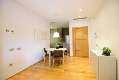 Ref 1946 – Apartament en lloguer a la zona de l'Eixample, Barcelona. 61 m2