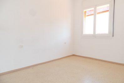 Ref 2400 – Ático en alquiler en la zona de Sant Gervasi, Barcelona. 36m2
