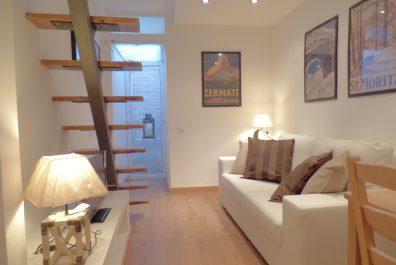 Ref 2430 – Apartamento en alquiler en la zona de Gràcia, Barcelona. 40m2