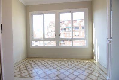 Ref 4114 – Apartament en lloguer a la zona de Galvany, Barcelona. 153m2