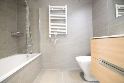 Ref 4078 – Apartament en lloguer a la zona de la Sagrada Família, Barcelona. 65m2