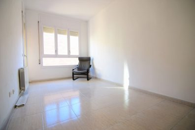 Ref 4132 – Apartament en lloguer a la zona de Les Corts, Barcelona. 72m2