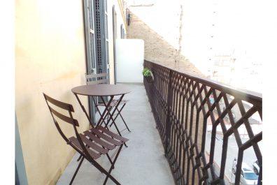 Ref 1766 – Apartamento en alquiler en la zona de Eixample, Barcelona. 61m2