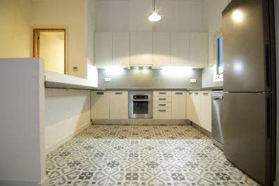 Ref 4140 – Apartament en lloguer a la zona de Ciutat Vella, Barcelona. 82m2