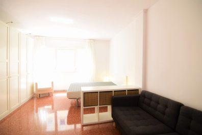 Ref 2530 – Apartament en lloguer a la zona de Sant Antoni, Barcelona. 40m2