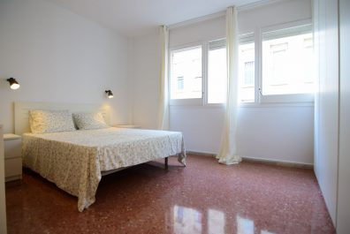 Ref 2715 – Apartament en lloguer a la zona de Sant Antoni, Barcelona. 40m2