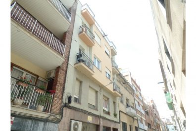 Ref 1252 – Àtic en lloguer a la zona de Sant Gervasi, Barcelona. 34m2