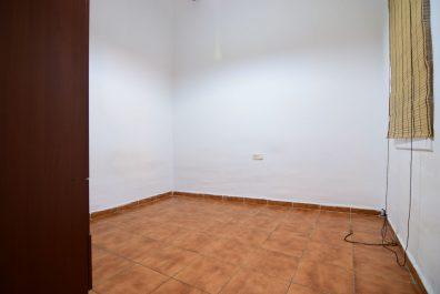 Ref 3694 – Apartment for rent in Ciutat Vella, Barcelona. 85m2