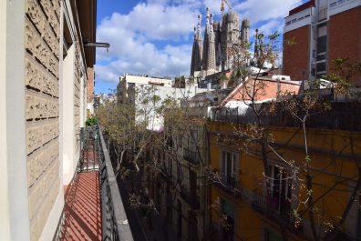 Ref 2090 – Apartamento en alquiler en la zona de Eixample, Barcelona. 80m2