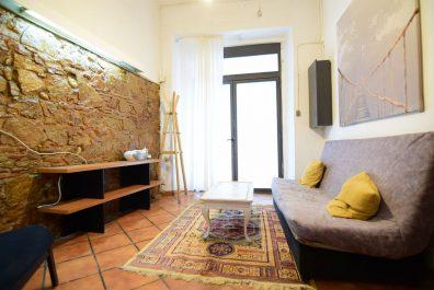 Ref 3565 – Dúplex en lloguer a la zona del Raval, Barcelona. 40m2