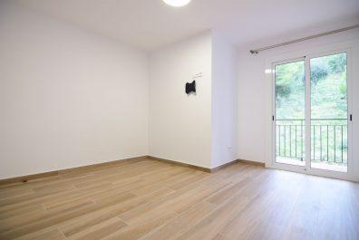 Ref 3953 – Apartament en lloguer a la zona de El Carmel, Barcelona. 62m2