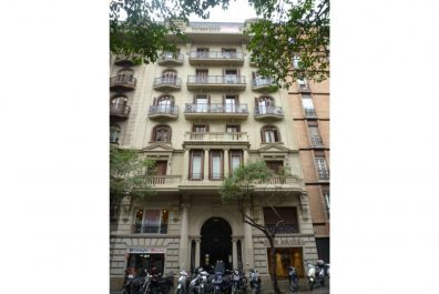 Ref 3453 – Apartment for rent in Sant Gervasi, Barcelona. 150m2