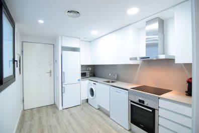 Ref 3716 – Apartamento en alquiler en la zona de Eixample, Barcelona. 65m2