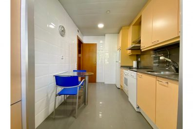 Ref 4043- Apartament en lloguer a la zona de Sarria, Barcelona. 55 m2