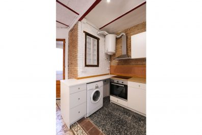 Ref 4193 – Apartament en lloguer a la zona de Poble Sec, Barcelona. 55m2