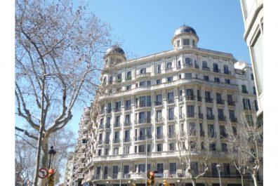 Ref 2266 – Àtic en lloguer a la zona de l'Eixample, Barcelona. 44m2