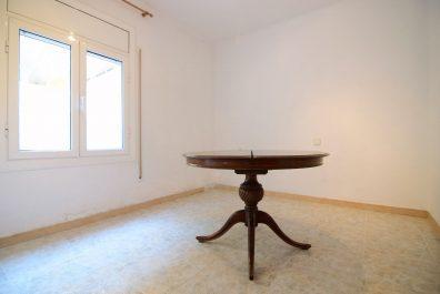 Ref 3984SC – Apartamento en alquiler en la zona de Sant Cugat del Vallès. 65m2