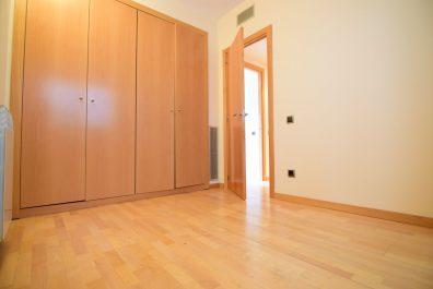 Ref 4200 – Apartamento en alquiler en la zona de Poblenou, Barcelona. 82m2