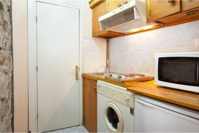 Ref 3251 – Apartament en lloguer a la zona de Ciutat Vella, Barcelona. 50m2