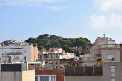 Ref 1799 – Ático-estudio en alquiler en la zona de Sant Gervasi, Barcelona. 25m2