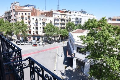Ref 2476 – Apartamento en alquiler en la zona de Poblenou, Barcelona. 60m2