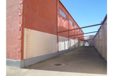 Ref 2022 – Nau industrial en lloguer a la zona de La Marina del Prat Vermell, Barcelona. 2420m2