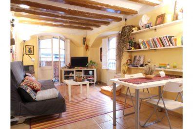 Ref 2145 – Apartament en lloguer a la zona del Barri Gòtic, Barcelona. 50m2