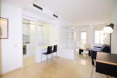 Ref 2713 – Apartamento en alquiler en la zona de Sant Gervasi, Barcelona. 50 m2