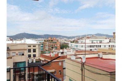Ref 2878 – Apartamento en alquiler en la zona de Sants, Barcelona. 60m2