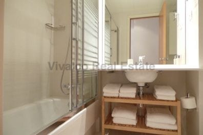Ref 3327 – Apartamento en alquiler en la zona de Eixample, Barcelona 65 m2