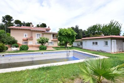 Ref 3682V – House for sale in Sant Boi de Llobregat, El Baix Llobregat. 225m2