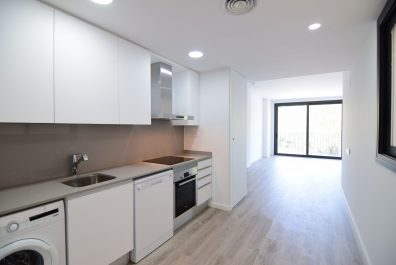Ref 3718 – Apartment for rent in Eixample, Barcelona. 63m2
