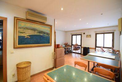 Ref 3774V – Local en venta en la zona de Santa Eulalia, Hospitalet. 180m2