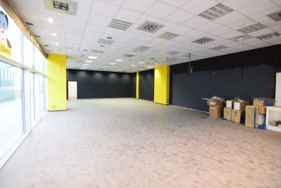Ref 3795SC – Local en alquiler en la zona de Can Calders, Sant Cugat. 85 m2
