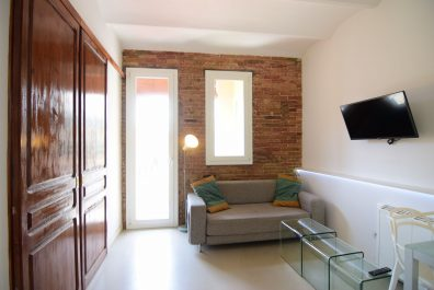 Ref 3828 – Apartment for rent in Raval, Barcelona. 31m2
