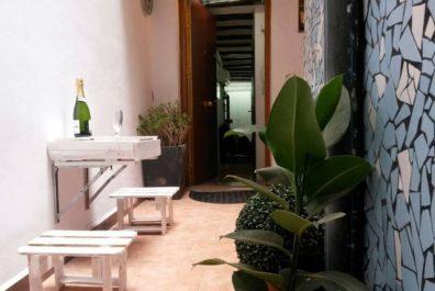 Ref 3895 – Estudi en lloguer a la zona de Sant Antoni, Barcelona. 30m2