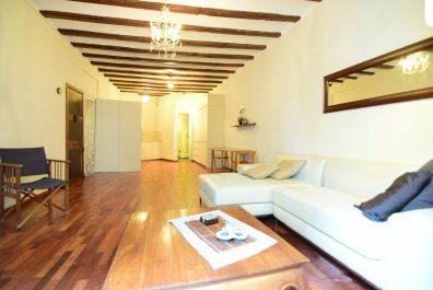 Ref 3898 – Apartament en lloguer a la zona de Ciutat Vella, Barcelona. 50m2