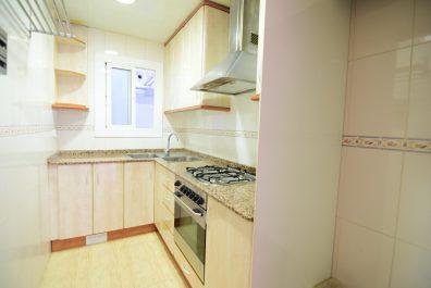 Ref 3902VM – Apartamento en venta en la zona de Sants, Barcelona 65m2