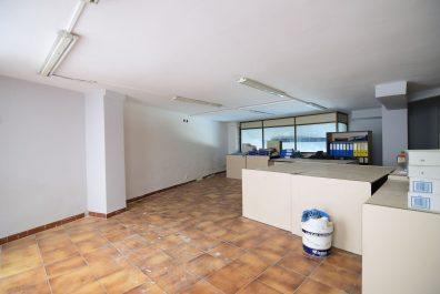 Ref 3914VM – Local en venta en la zona de Horta, Barcelona. 284m2