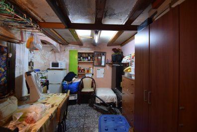 Ref 3941V – Local en venta en la zona de Raval, Barcelona. 120m2